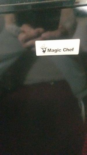 Magic chef mini fridge for Sale in Cleveland, OH