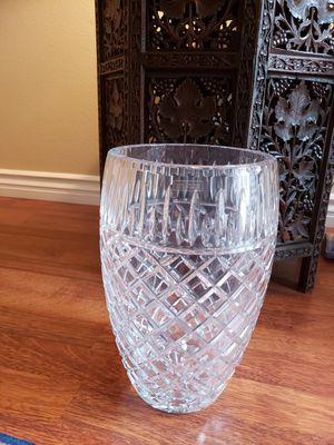 Brand new large unique design crystal flower vase for Sale in Los Angeles, CA