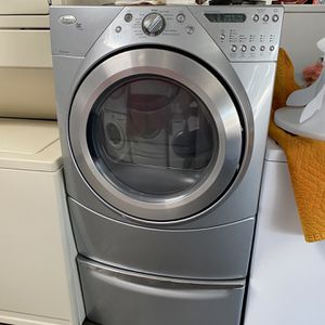 Dryer Gas Whirlpool for Sale in Long Beach, CA