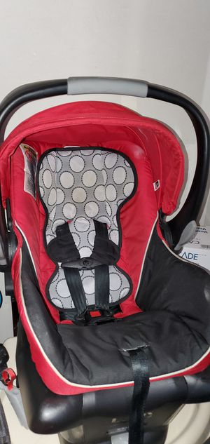 Infant car seat for Sale in Everett, WA