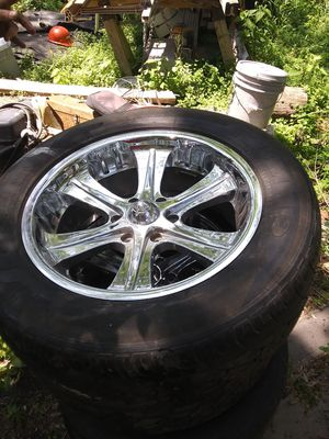 20 inch wheels for Sale in Amazonia, MO