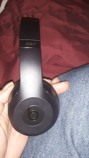 Beats by Dre solo 3 wireless $80 for Sale in New Hradec, ND
