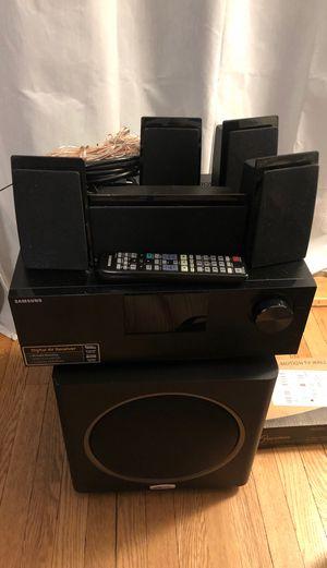 Samsung/Polk audio surround sound system for Sale in Chicago, IL