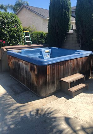 Jacuzzi Hot Tub for Sale in Rancho Cucamonga, CA