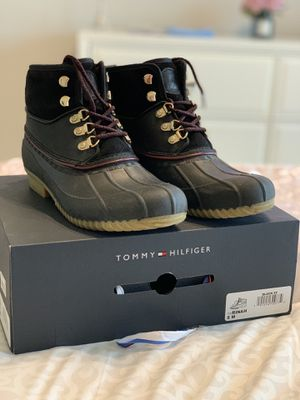 Tommy Hilfiger Rain Boot ~Size 8M for Sale in Houston, TX
