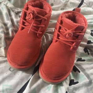 Size 7 In Women's Uggs for Sale in Oklahoma City, OK