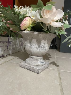 Concrete Centerpieces for Sale in Baltimore, MD