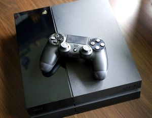 PS4 500gb + 1 controller + 1 Game and wires for Sale in Phoenix, AZ