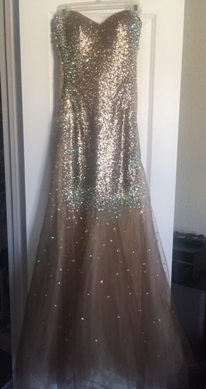 Gold Mermaid Gown Dress for Sale in West Palm Beach, FL