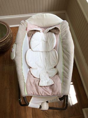 Fisher price foldable baby bassinet for Sale for sale  Atlanta, GA