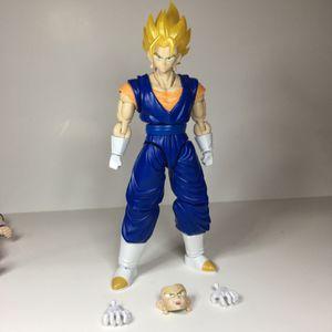 Dragon ball z Vegito Super Saiyan, Figure-rise for Sale in Sacramento, CA