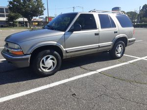 1998 CHEVY BLAZER LT 4WD ONLY 119K !! for Sale in Waterbury, CT