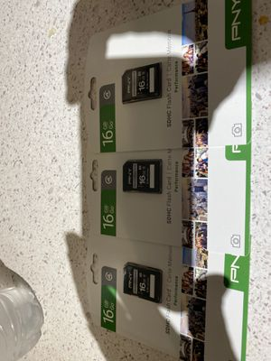 3 memorias para cámara16gb 3 x45 for Sale in Phoenix, AZ
