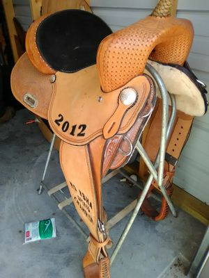 15 inch barrel saddle for Sale in Crocker, MO