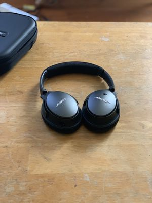 Bose noise cancelling qc 25 headphones for Sale in Winter Hill, MA