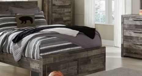 Full Bed Frame for Sale in Jersey City,  NJ