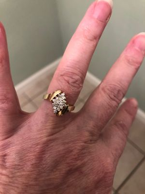 Very good sparkle in this beautiful diamond ring. Great valentines gift for Sale in Antioch, CA