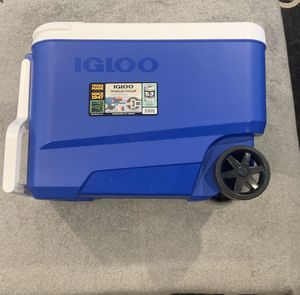 Igloo Wheeled Cooler brand New for Sale in Anaheim, CA
