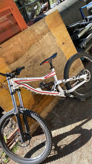 Specialized status 2 downhill bike for Sale in Auburn, WA