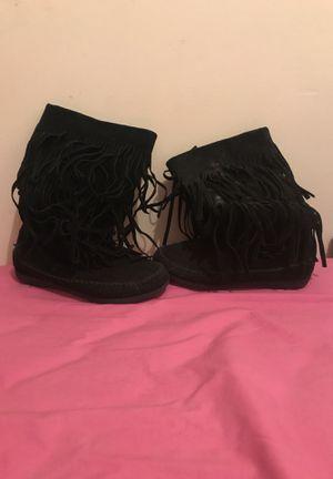 Black fringe boots(women's) for Sale in Philadelphia, PA
