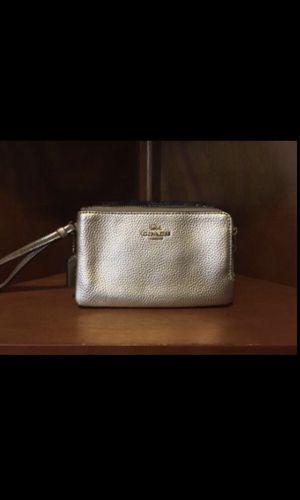 Coach double wristlet wallet for Sale in Downey, CA