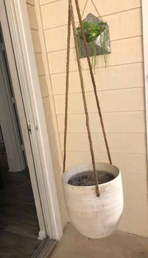 Hanging plant pot for Sale in Charlotte, NC
