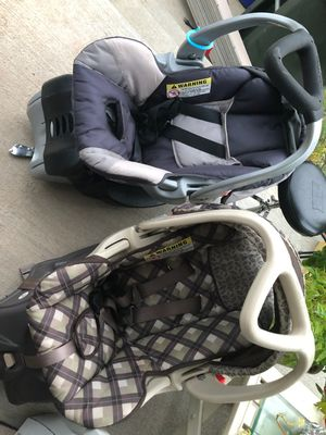 FREE BABY TREND BABY CAR SEAT for Sale in West Hartford, CT