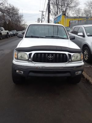 2002 Toyota Tacoma very clean no issues at all for Sale in Canton, OH
