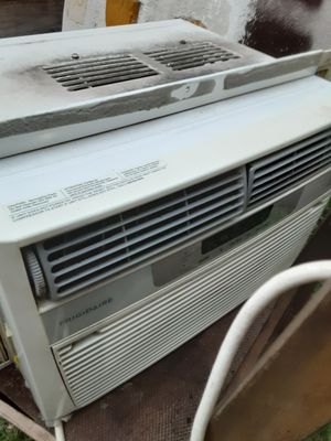 Frigidaire window ac for Sale in Houston, TX