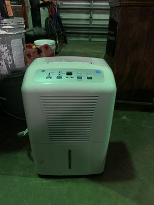 GE Dehumidifier 65 pint with hose $75 for Sale in Pompano Beach, FL