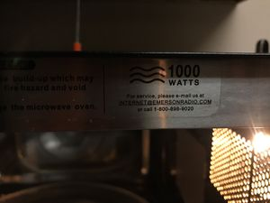Microvawe/grill 1000 Watts for Sale in Highland Village, TX