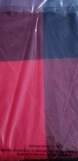 VS Pink Red Sherpa Blanket for Sale in Riverside,  CA