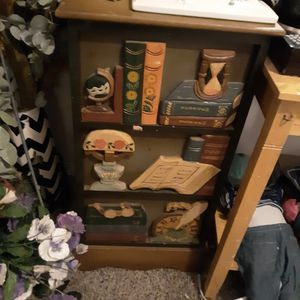 world bazaars inc /end table/cabinet for Sale in Kelso, WA