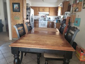 Table with leaf for Sale in Bakersfield, CA