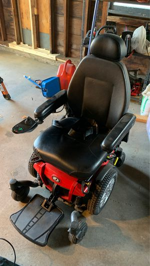 Jazzy 600ES Battery Operated Wheel Chair for Sale in North Attleborough, MA