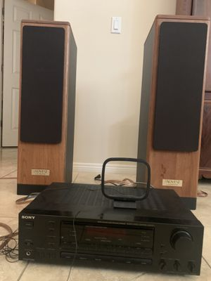 Vintage speakers with stereo for Sale in Chandler, AZ