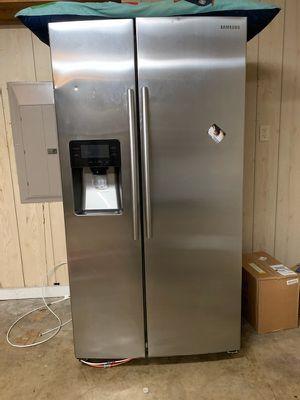 Samsung refrigerator for Sale in Dallas, TX