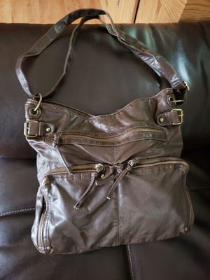 """Mossimo Brown Purse bought it few months ago never used, Beautiful purse with a lot of pockets, 12"""" by 13"""" wide, for Sale in Gurnee, IL"""