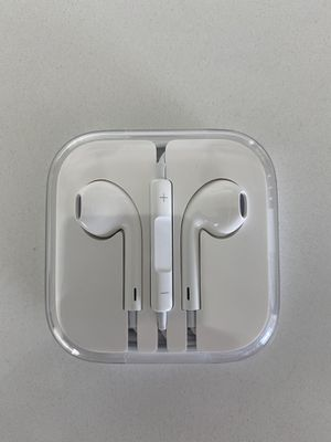 Apple earbuds for Sale in Lytle Creek, CA