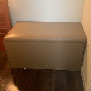 Free Bench To Home In NEED Pickup By 10 Or sat for Sale in Phoenix, AZ