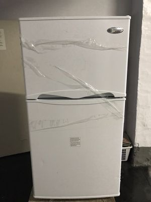 *MINI* Fridge with separate Freezer-10months old for Sale in Miami, FL