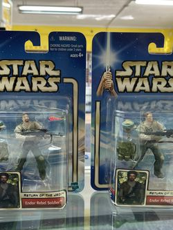 Lot of 2 STAR WARS RETURN OF THE JEDI ENDOR REBEL SOLDIER WITH & WITHOUT BEARD for Sale in Waco,  TX