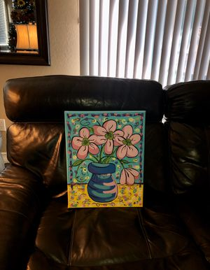 Cute hand painted flowers in a vase for Sale in Peoria, AZ