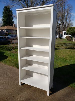 IKEA Hemnes White Shelf Unit-Excellent Condition! for Sale in Portland, OR