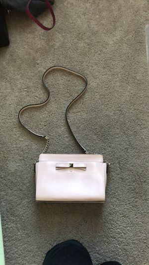Kate Spade Cross body purse for Sale in Germantown, MD
