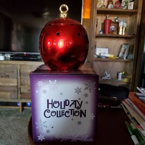 MERRY AND BRIGHT SCENTSY HOLIDAY COLLECTION for Sale in Lakewood, CA