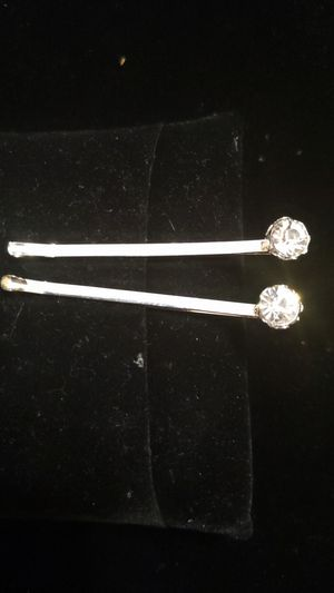 New Cookie Lee rhinestone tipped bobby pins set of 2 silver for Sale in Winchester, CA