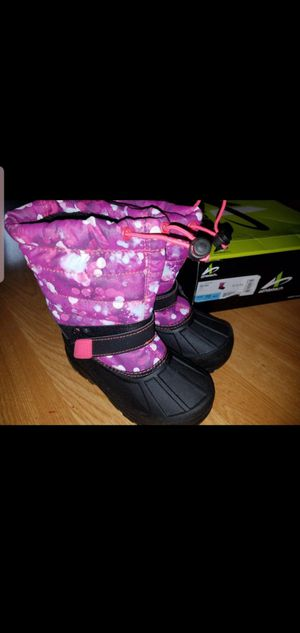 Girls rain boots/ snow boots for Sale in Los Angeles, CA