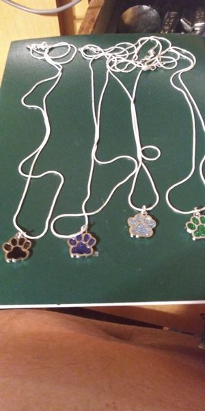 """New! 26"""" choice of colors paw print necklaces for Sale in Brainerd, MN"""