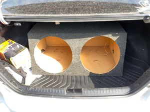 Subwoofer box for Sale in Fresno, TX